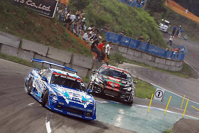 Nissan 180SX & Toyota 86, drift, popularne samochody do driftingu, jakie auto do driftu, RWD, upalanie, bokiem, najlepsze sportowe samochody, Japonia