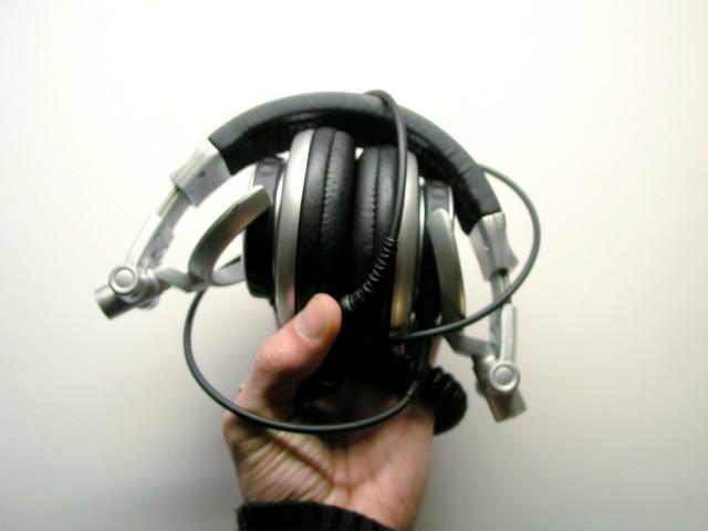 Słuchawki Sony MDR-V700