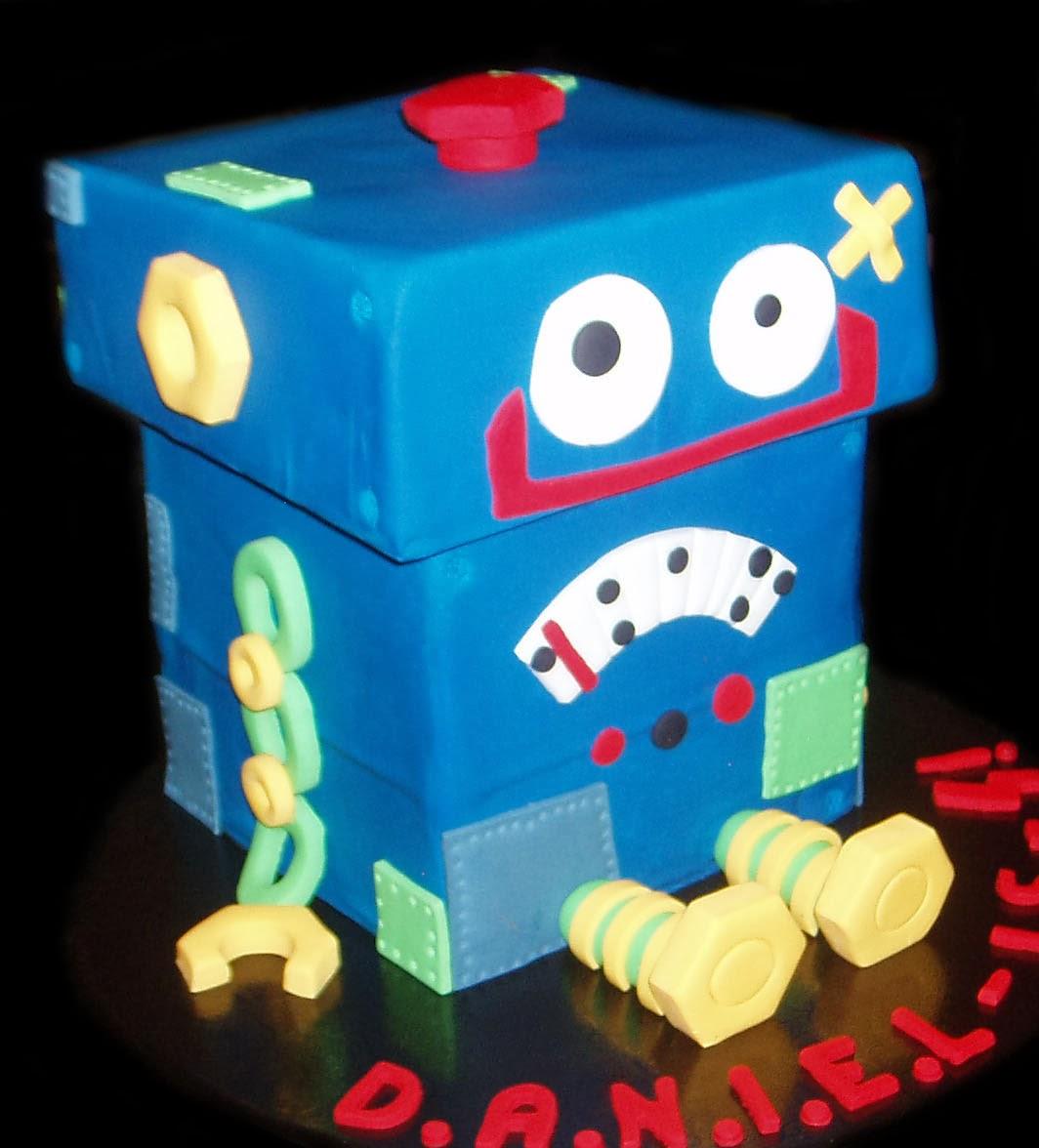 Nadas Cakes 3d Robot Birthday Cake By Nadas Cakes Canberra