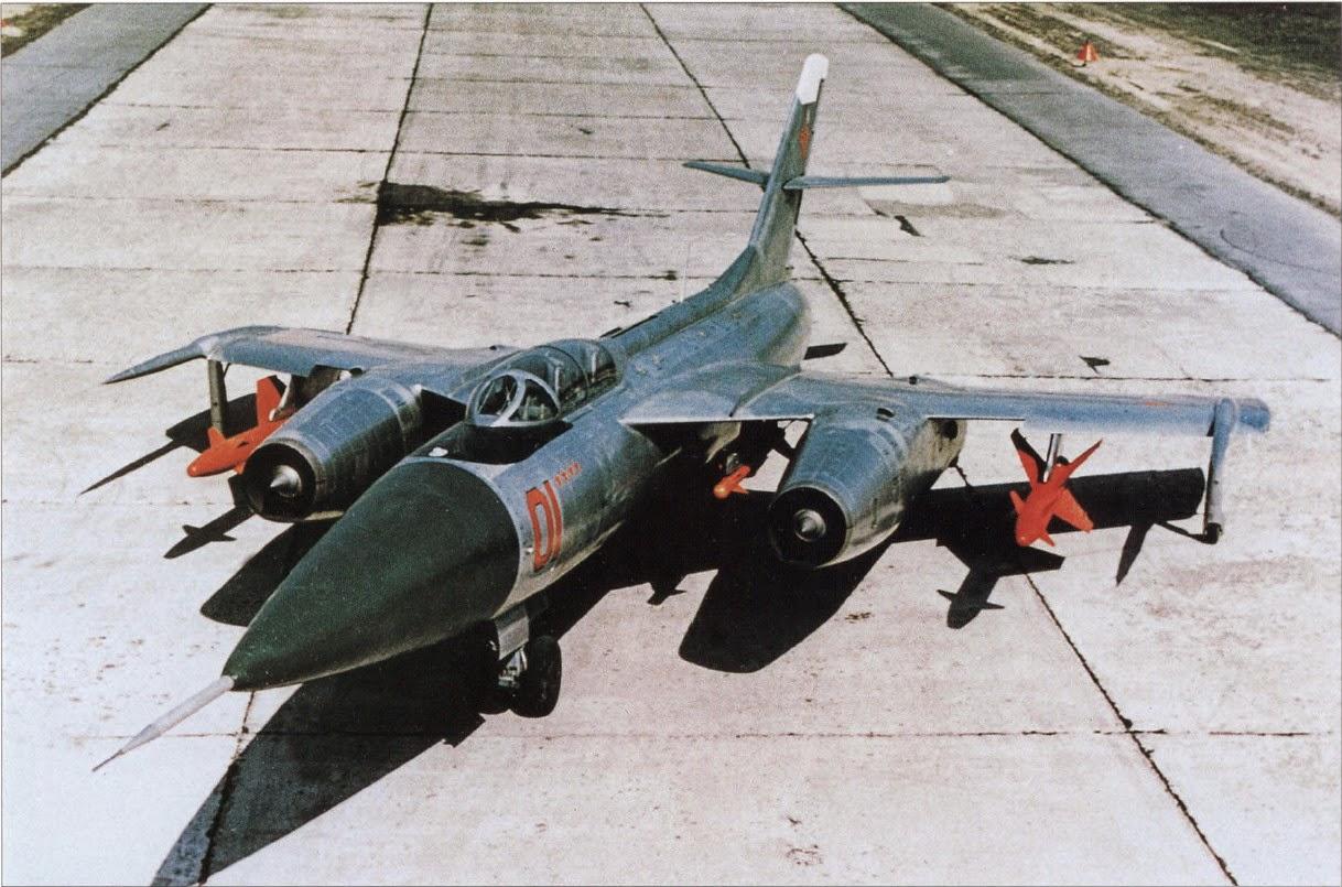 HobbyBoss 1//48 Russian Yakovlev Yak-28P Firebar