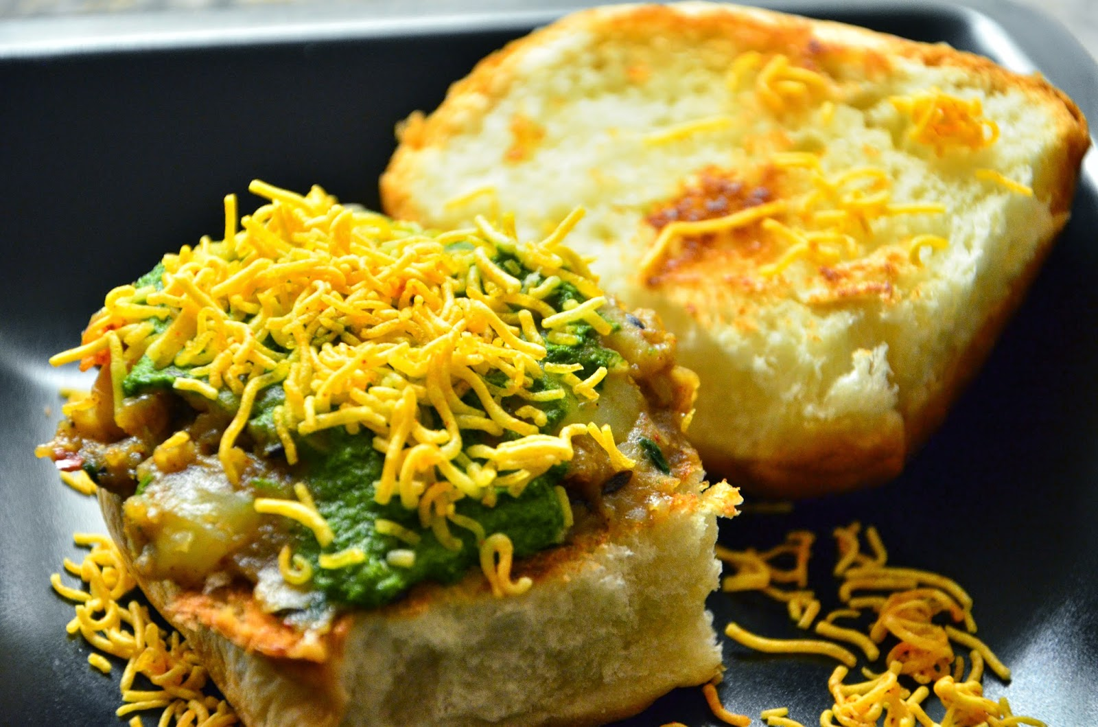 My erecipe book dabeli this recipe is from manjulas kitchen i was really intrigued by the way the dabeli stuffing was cooked basically the potato is boiled and cooked in water forumfinder Choice Image