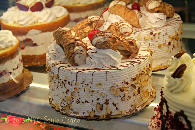 The Cake Boss Cafe In New York City Nyc Style Amp A