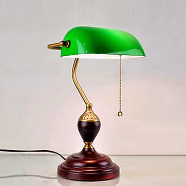 Lámpara de Mesa Clásica Verde de Madera
