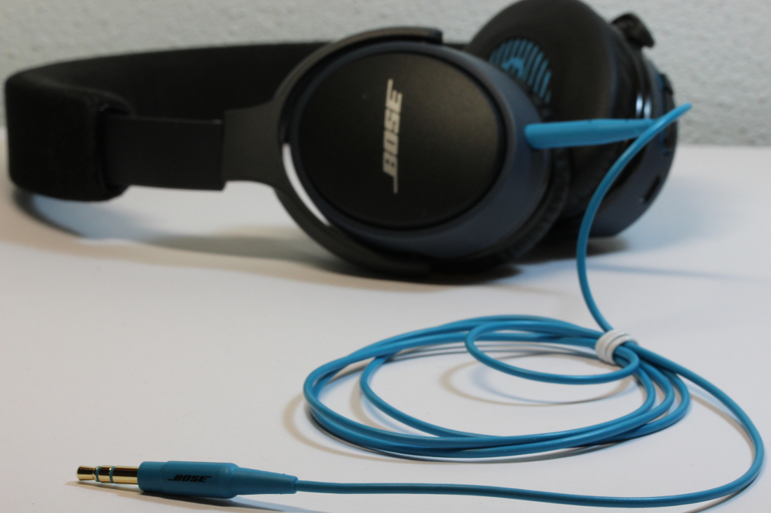 Lieferumfang Bose SoundLink Bluetooth On-Ear Kopfhörer