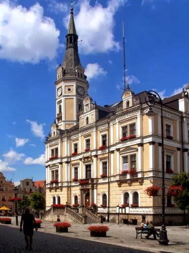 Ratusz w Lądku Zdrój (fot. Adam Czerwiński)