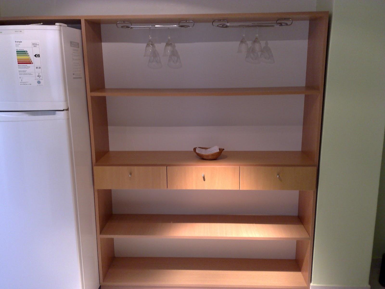 Amoblamientos cj bajo mesada y mueble con estantes y cajones for Mueble 3 estantes