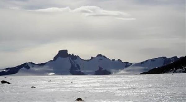 Sumber Mata Air Tawar Bawah Laut Ditemukan