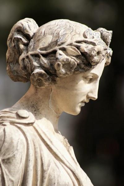 Πλάτων Αριστοτέλης Αισθητική Ομορφιά Αρχαιότητα Αρχαία Αθήνα ιδεαλισμός υλισμός Ελληνική Φιλοσοφία