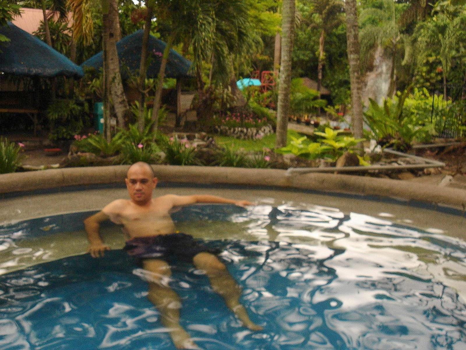 calamba hotsprings at dona jovita resort filipina explorer. Black Bedroom Furniture Sets. Home Design Ideas