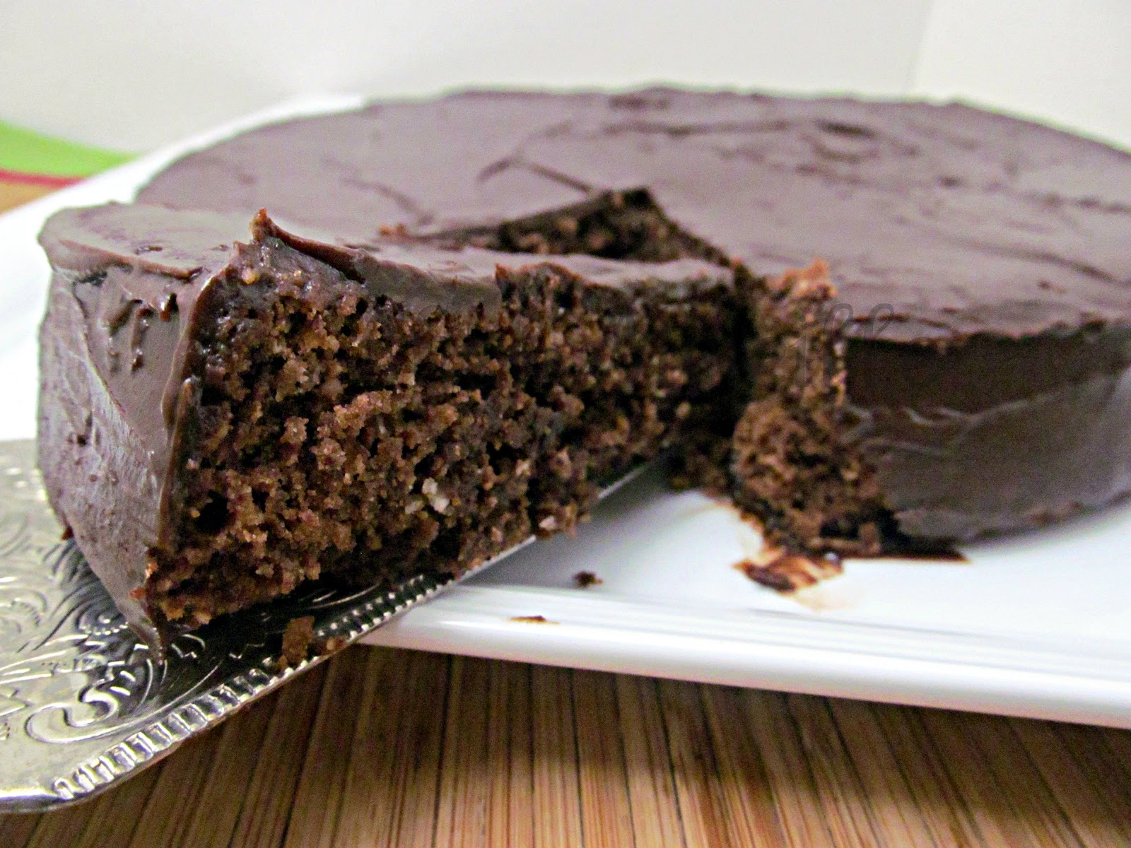 Chef Mireille's Global Creations: Chocolate Almond Cake