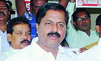 Still Seemandhra officers cotinuing in Key posts: Deviprasad