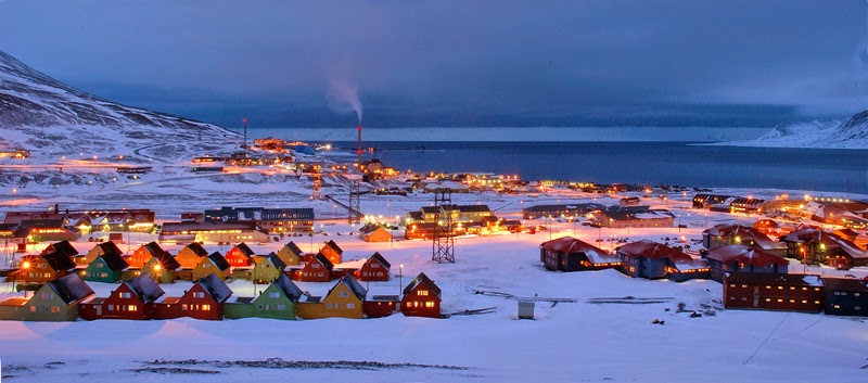 Sebuah bandar terpencil yang berada di kepulauan arctic di svalbard