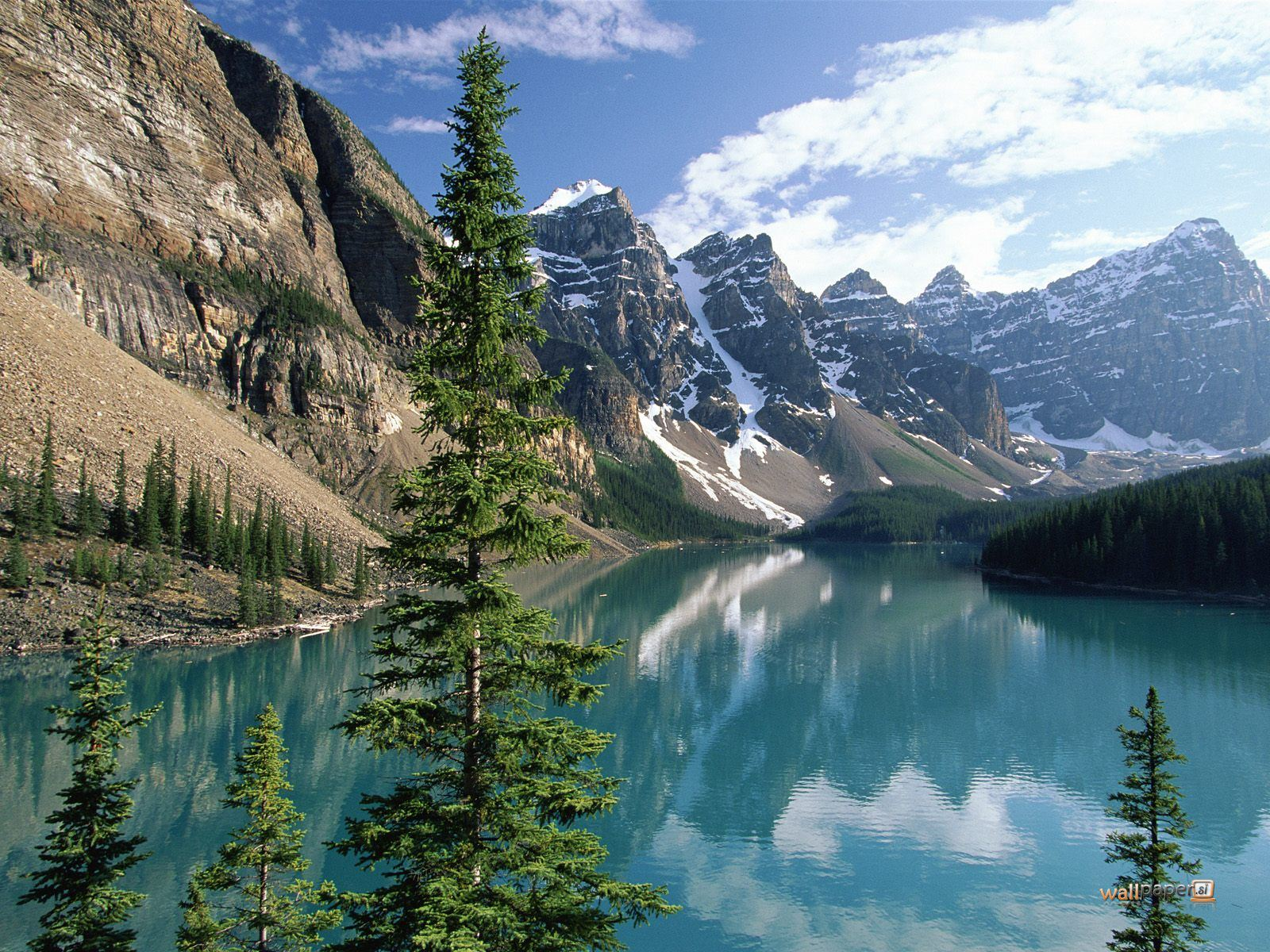 Travel trip journey moraine lake banff national park for Natural landscape