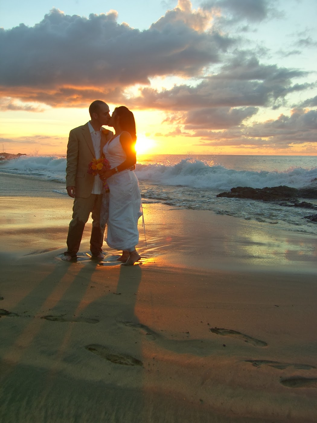 romantic sunset at seashore - photo #21