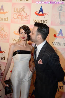 Pakistan Celebrities Style at Lux Style Awards 2013 Red Carpet