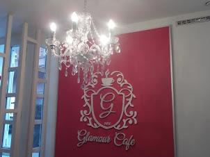 Cafe és találkozó! Színház és Duna  közelében!