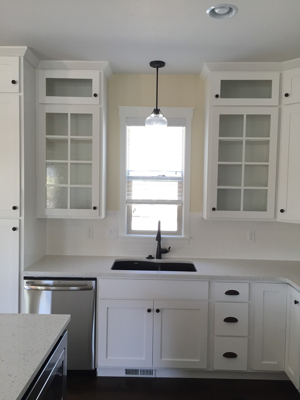 Singer kitchens cabinets to go new orleans stocked cabinets singer - Pictures Of Kitchen Cabinets That Go To The Ceiling