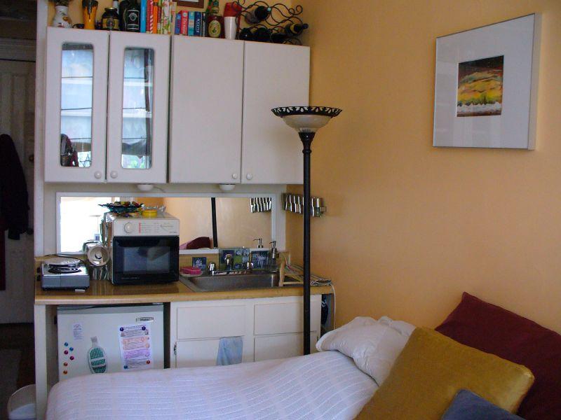 Tiny Crappy ApartmentCrappy Studio Apartments