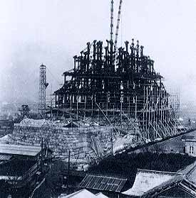 Реконструкция замка Осаки в середине ХХ века