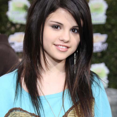 selena gomez hair color