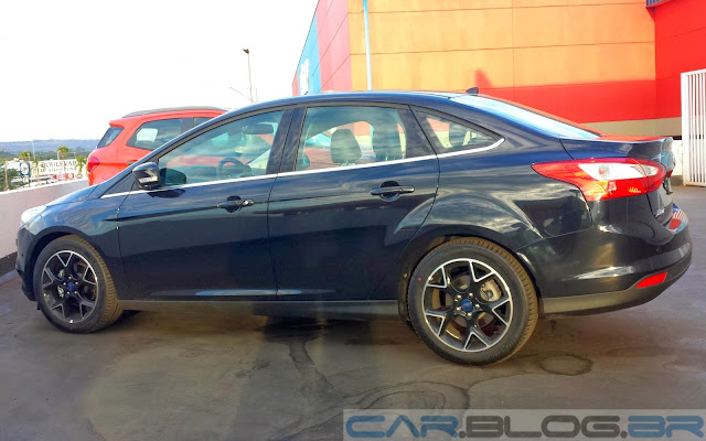 carro Focus Sedan 2014