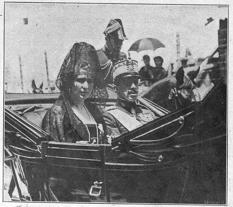 SS.MM. Don Alfonso y Doña Victoria en la Fiesta de la Nobleza