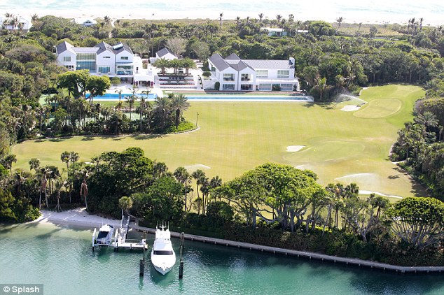 Entertainment world tiger woods house picture nice house Images of tiger woods house