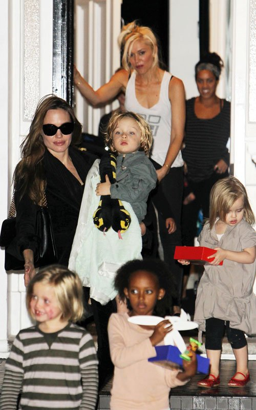The Jolie-Pitt And Rossdale Kids Have A Playdate!