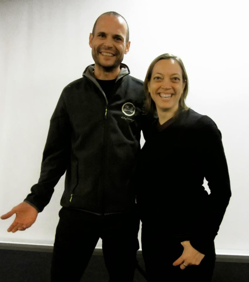 Luis Gómez & Grisha Stewart (creadora del Método B.A.T.). Luis Gómez, Instructor Certificado