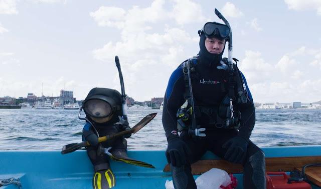 Ted 2 movie still diving