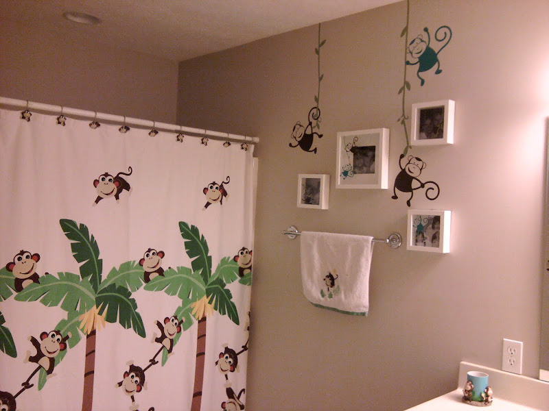 Monkey Bathroom!!! title=