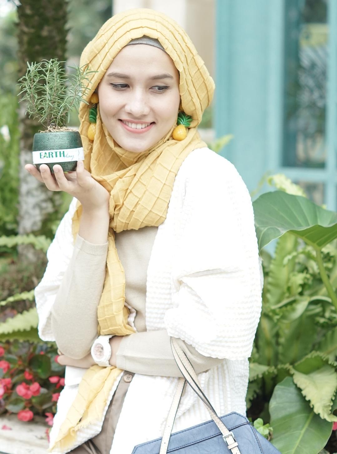 Dwi Handayani Syah Putri | Sumber : dwihandaanda.blogspot.com