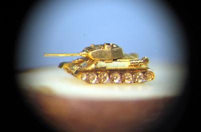 20 Wonderful Miniature Weapons