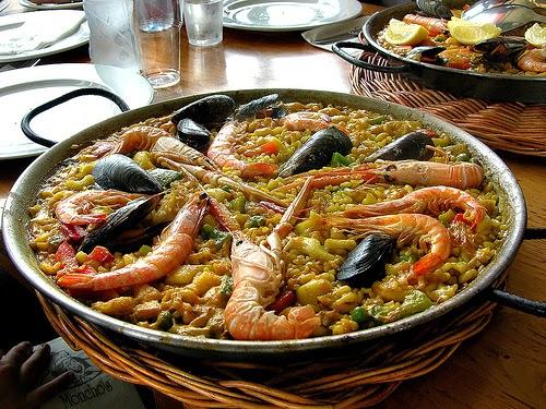 Disfruta de una buena paella en Barcelona