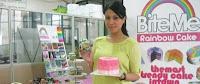 MELIRIK MANISNYA BISNIS RAINBOW CAKE