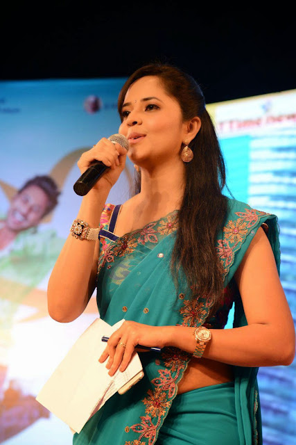 Telugu Anchor Anasuya Picture Gallery in Saree at Paddanandi Premalo Mari Movie Audio Launch 8.JPG