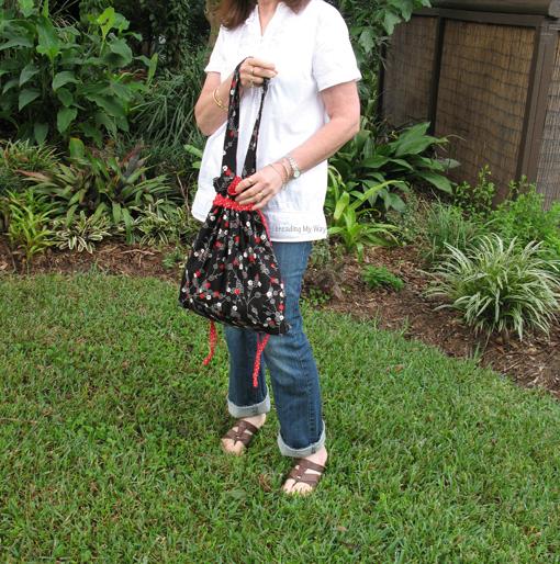 Drawstring Shoulder Bag Tutorial 78