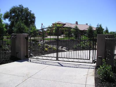 Remote Access Driveway Gate