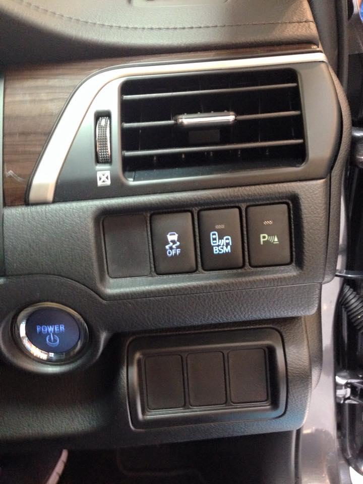 Toyota Camry Jbl Sound System Review Xle V6