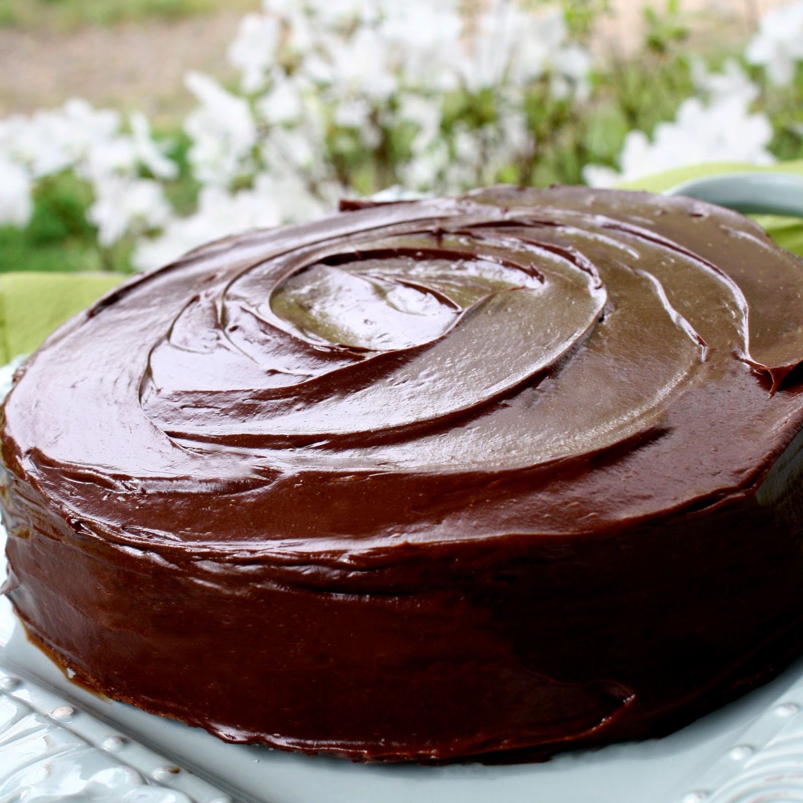Chocolate Therapy: Magnificient Moist Golden Cake
