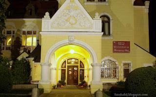 http://fotobabij.blogspot.com/2015/10/hotel-bursztynowy-paac-strzekecino_82.html