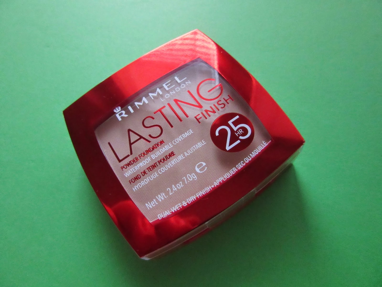 Rimmel: Lasting Finish 25H Powder Foundation