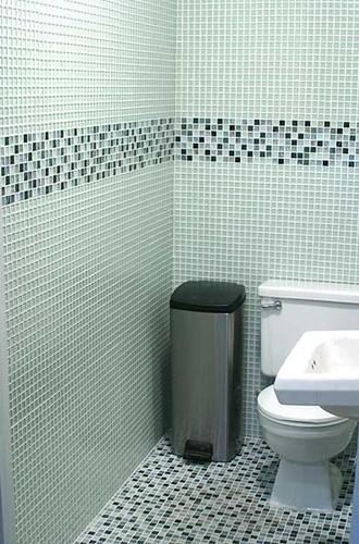 Banheiros Decorados Pastilhas de Vidro  CONTATO (27) 98581936 Adão  Adão ac -> Banheiro Decorado Com Pastilhas Bege