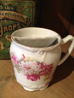 Antique Hunter Blog - Victorian Shaving Mug #6
