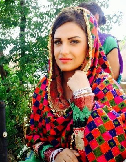 Punjabi Girls Wallpaper, Hot Model Pics, Desi Girl