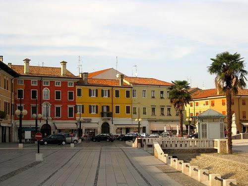 piazza udine milano capsule - photo#1