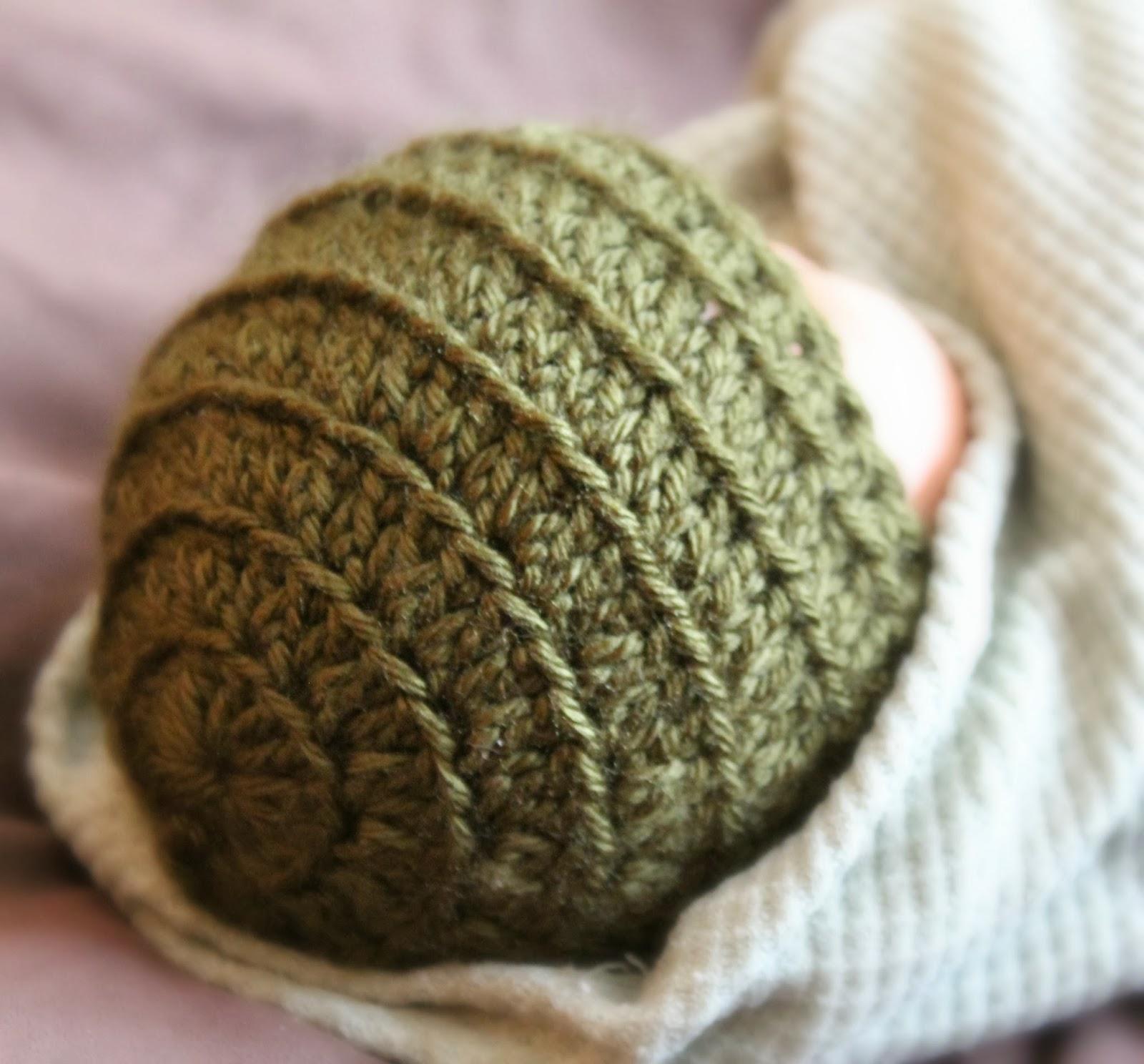 Britney Lynne: Preemie Crochet Hat