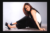 Aksha Latest Glamorous Photo Session Gallery-thumbnail-3