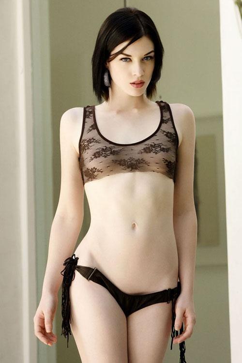 laura orsolya tits