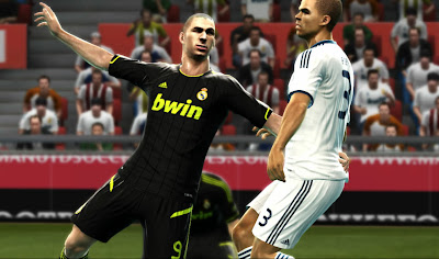 Preview2 PES 2012: Uniforme do Real Madrid 2012/13